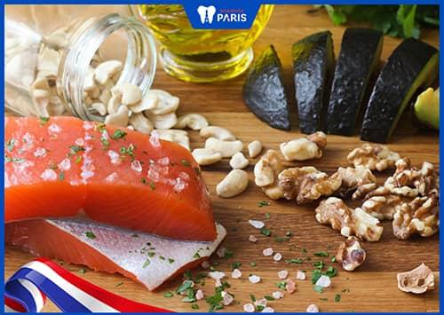 chữa tụt lợi bằng cách ăn thực phẩm giàu Omega-3