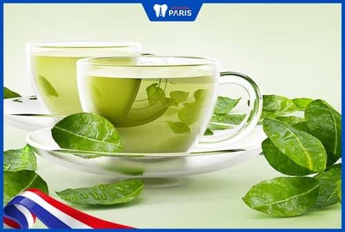 Dùng trà xanh súc miệng trị viêm tủy răng ở nhà