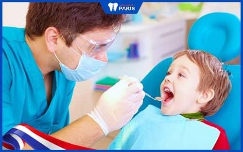 Điều trị tủy răng sữa cho trẻ