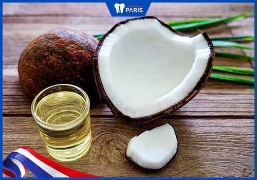 Sử dụng dầu dừa để trị viêm lợi