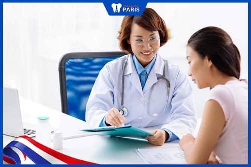 Gặp bác sĩ và uống thuốc nếu bị trào ngược dạ dày chánh gây hôi miệng