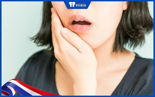 răng hàm bị lung lay răng