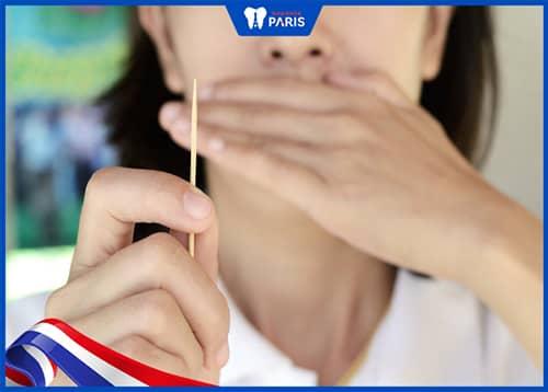 sưng lợi răng hàm do mạnh tay với nướu
