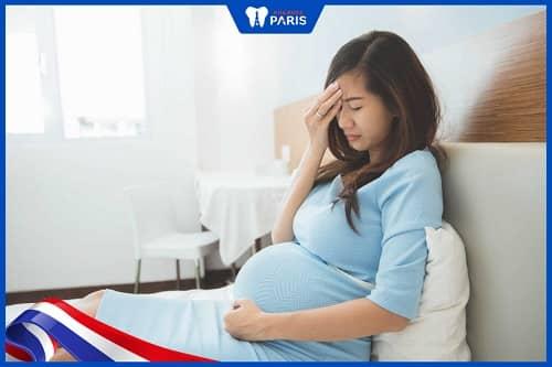 Do sự thay đổi nội tiết tố khi mang thai gây viêm tủy răng