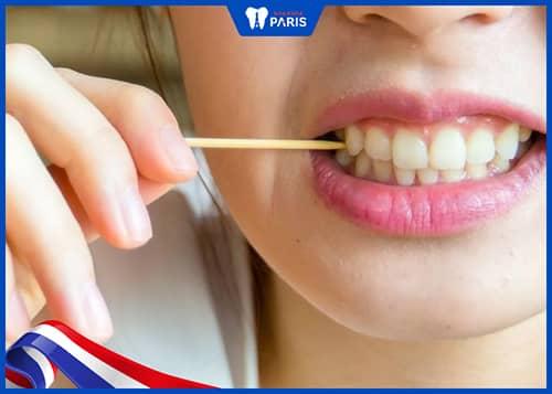 Vì sao mọi người ưa chuộng dùng tăm tre xỉa răng?