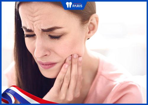 Biến chứng tổn thương xoang hàm sau khi nhổ răng khôn