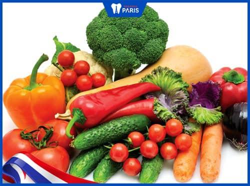bổ sung rau củ quả giúp ngăn sâu răng
