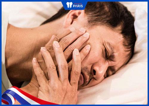Nhổ răng gây sốt