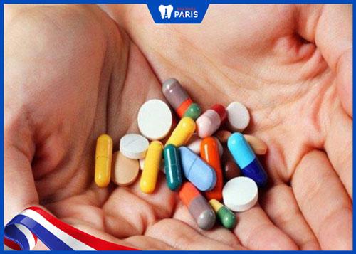 Niềng răng có nên uống thuốc giảm đau không