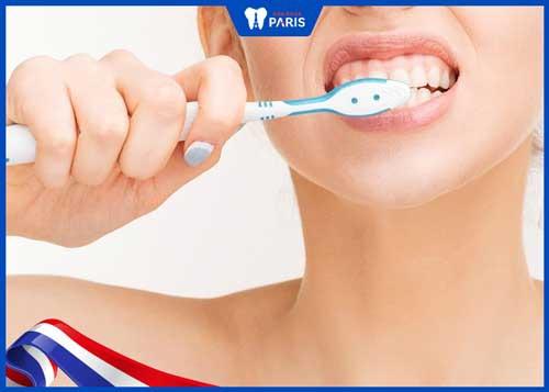 đau răng khi mang thai 3 tháng cuối