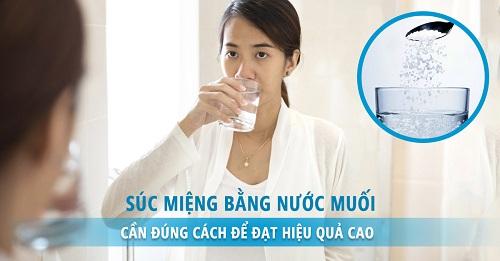 Cách súc miệng bằng nước muối ngày mấy lần