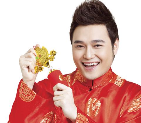 Quang Vinh là một trong những sao nam có hàm răng khểnh nam đẹp.