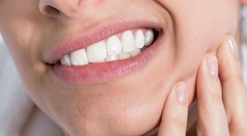 Giá cắt lợi trùm răng khôn bao nhiêu tiền