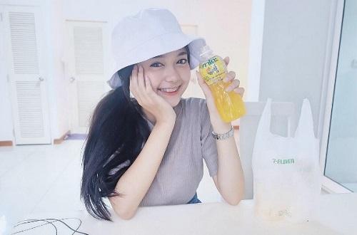 Hot girl niềng răng Thái Lan