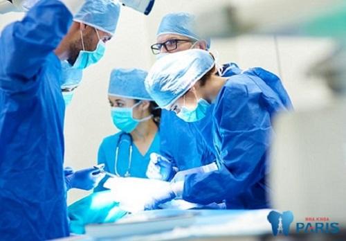 Khi phẫu thuật hàm hô có đau không