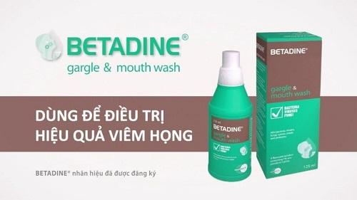 Nước súc miệng Betadine: Cách sử dụng, giá cả