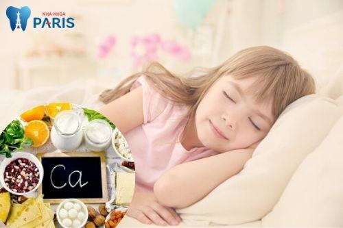 Trẻ nghiến răng khi ngủ là bệnh gì