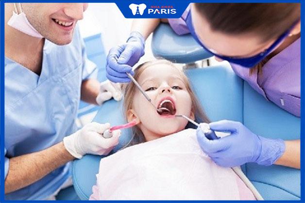 Lưu ý khi đi khám răng cho bé