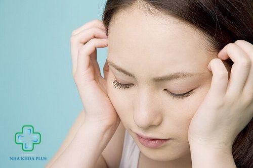 Niềng răng ảnh hưởng gì không? Gây đau hàm, đau đầu