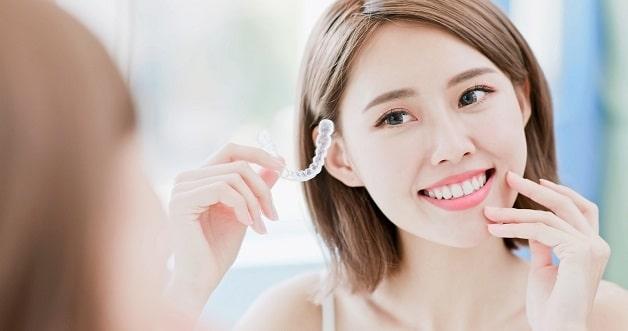 Niềng răng trong suốt không mắc cài mang lại sự tiện lợi cho người dùng